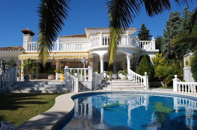 Detached Villa for sale in Marbesa R3095995