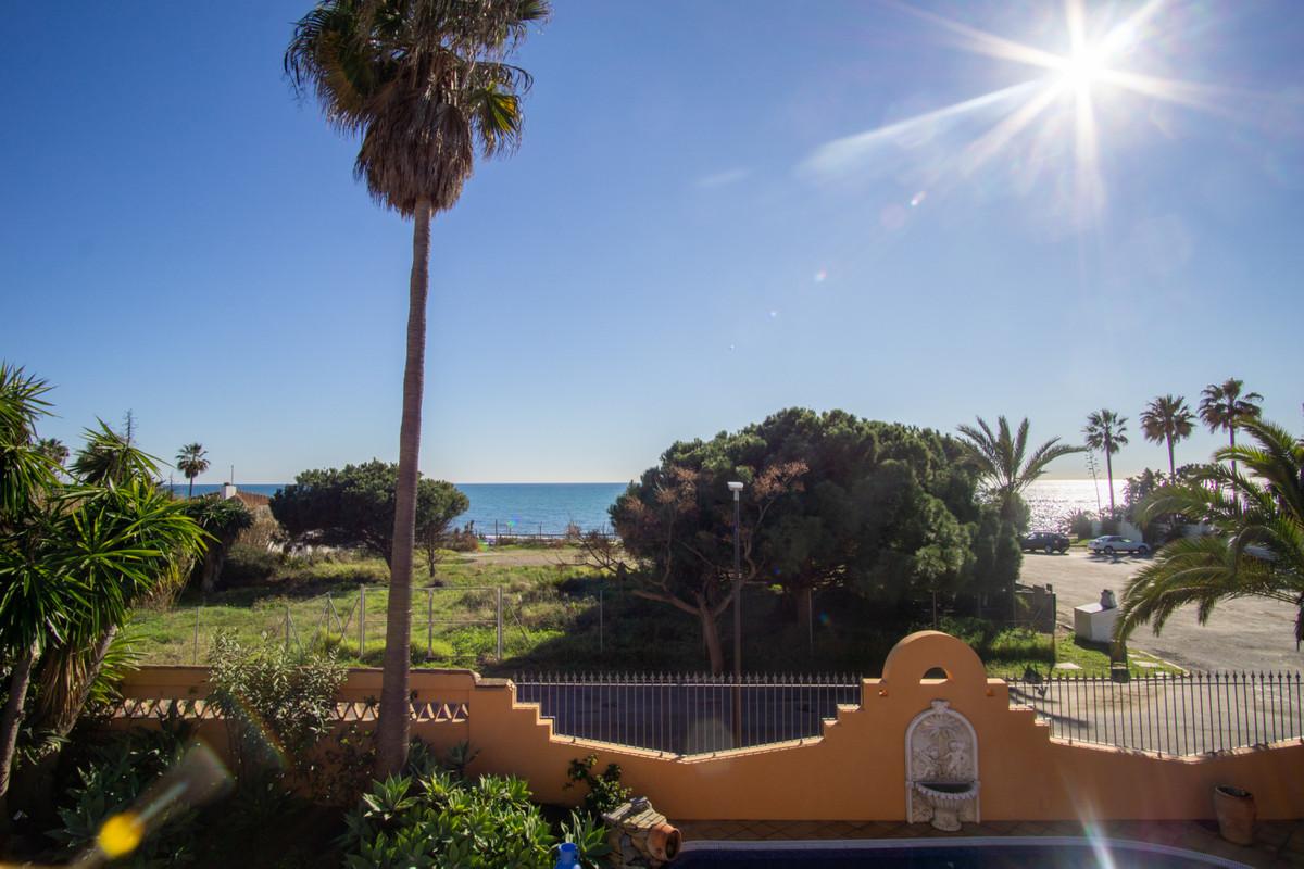 Villa Til salg i Carib Playa R3782473