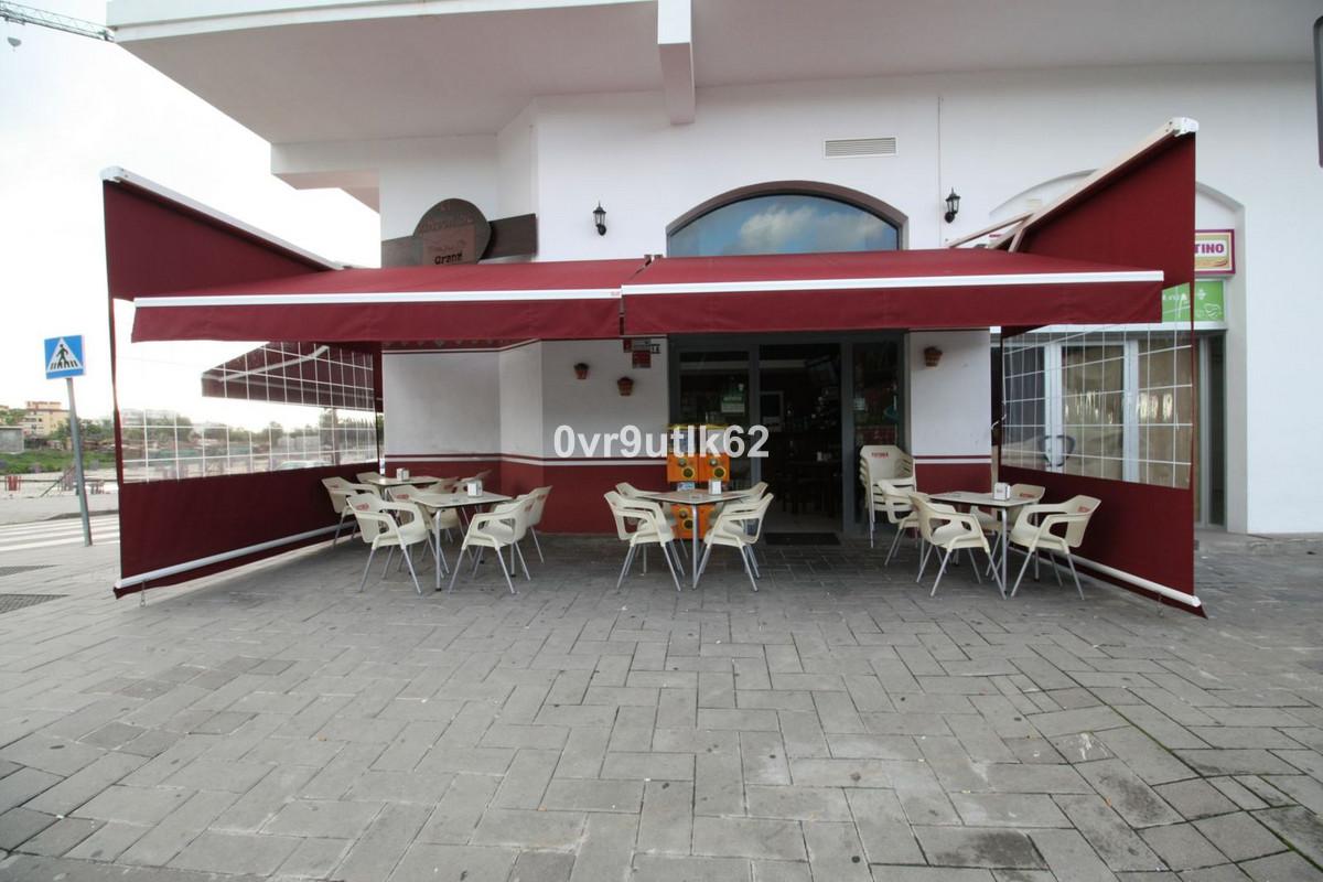 Commercial for Sale in Nueva Andalucía, Costa del Sol