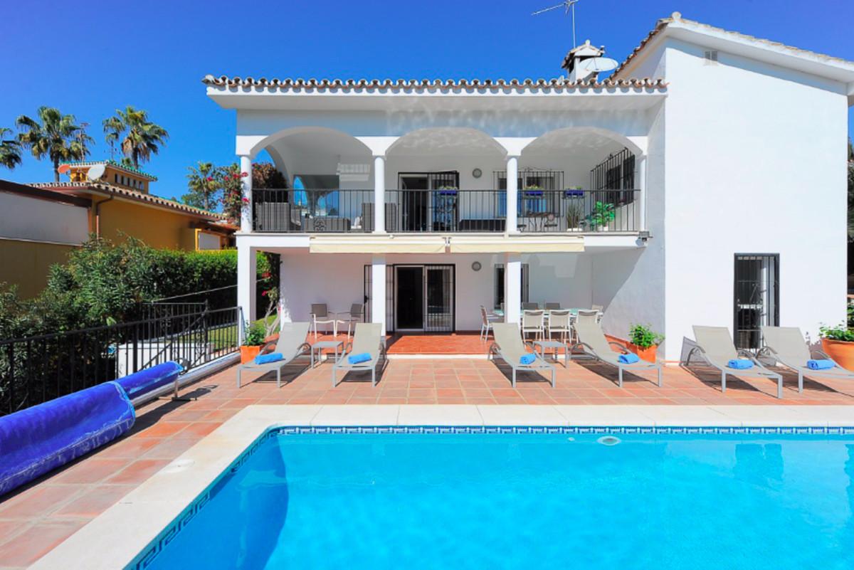 Detached Villa for sale in Carib Playa R3413770