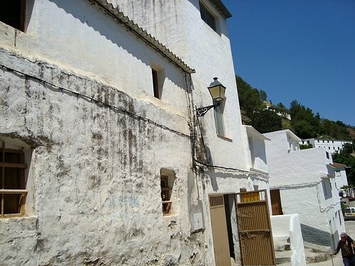Townhouse for Sale in Tolox, Costa del Sol