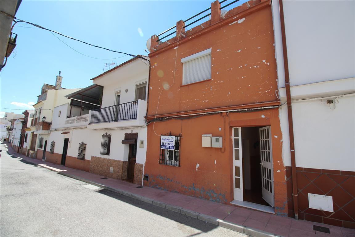 Townhouse for Sale in San Martín de Tesorillo, Costa del Sol