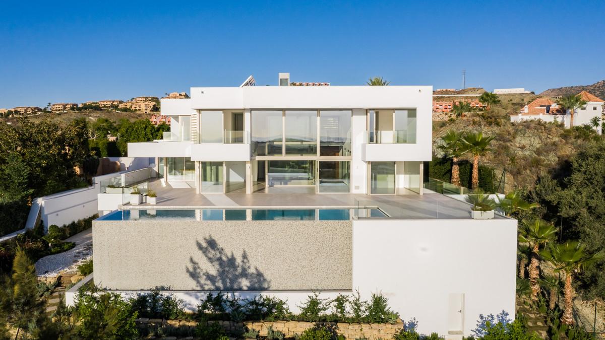 7 bedroom villa for sale benahavis