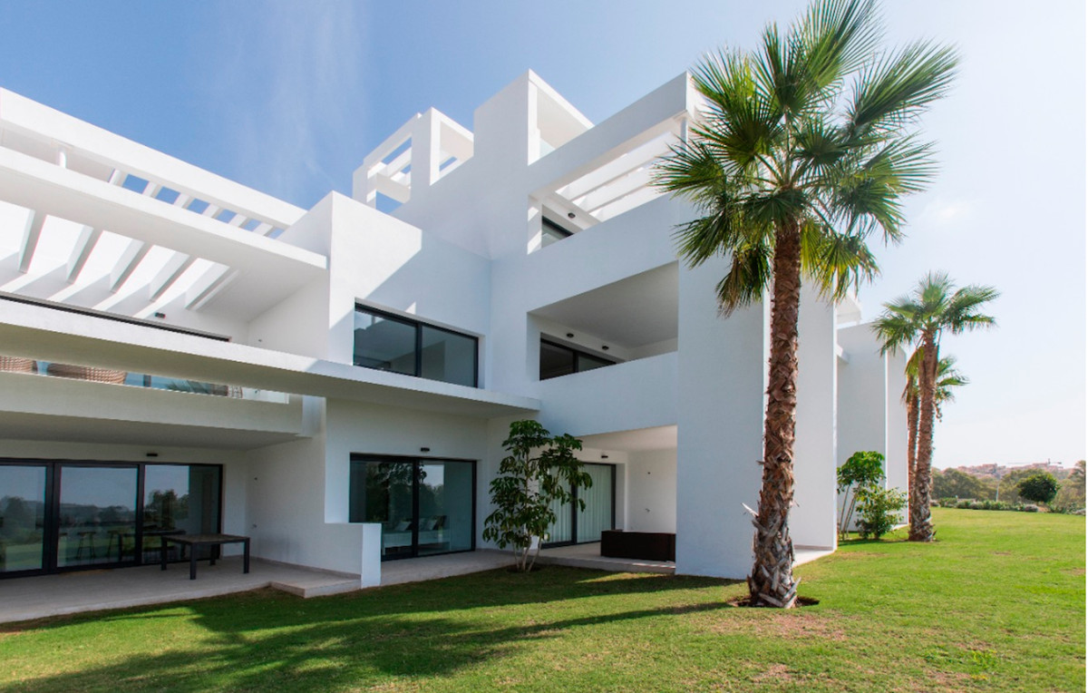 Ground Floor Apartment for sale in Atalaya R3225625