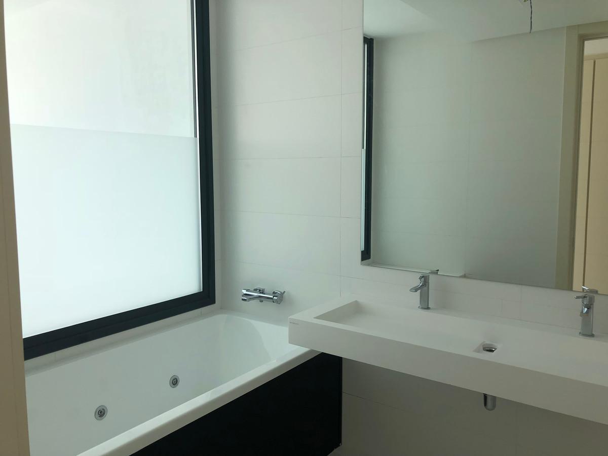 Apartment in Atalaya R3225625 10