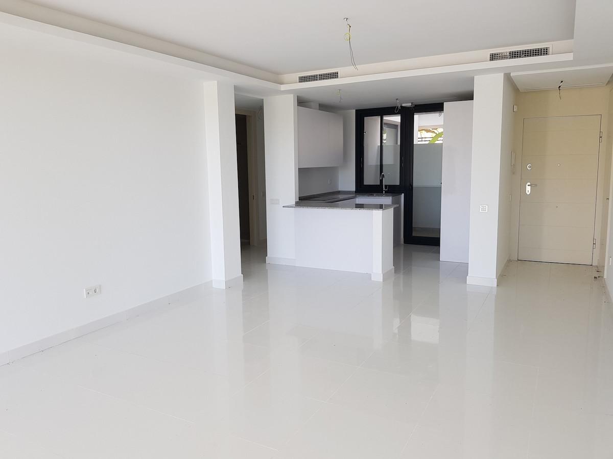 Apartment in Atalaya R3225625 9