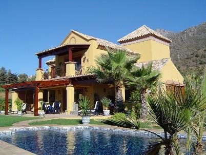 Villa 4 Dormitorios en Venta Sierra Blanca