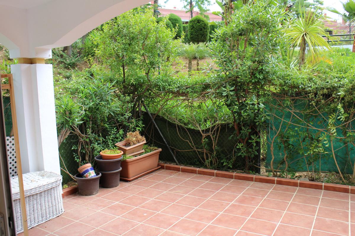 2 Bedroom Ground Floor Apartment For Sale Marbella