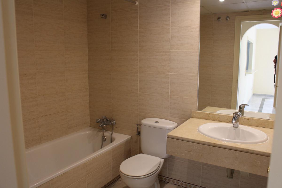 Apartamento con 2 Dormitorios en Venta Marbella