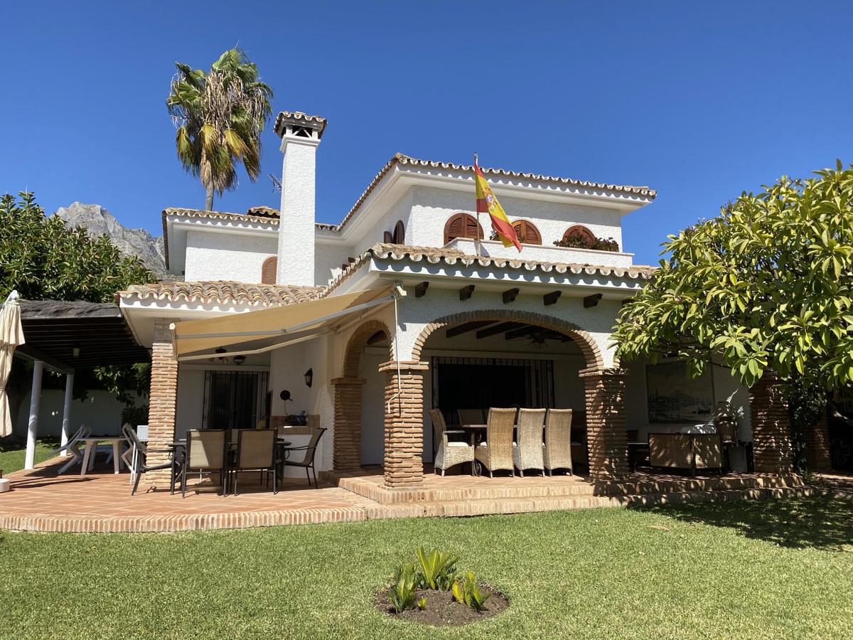 Villa Till salu i Nagüeles R2657552
