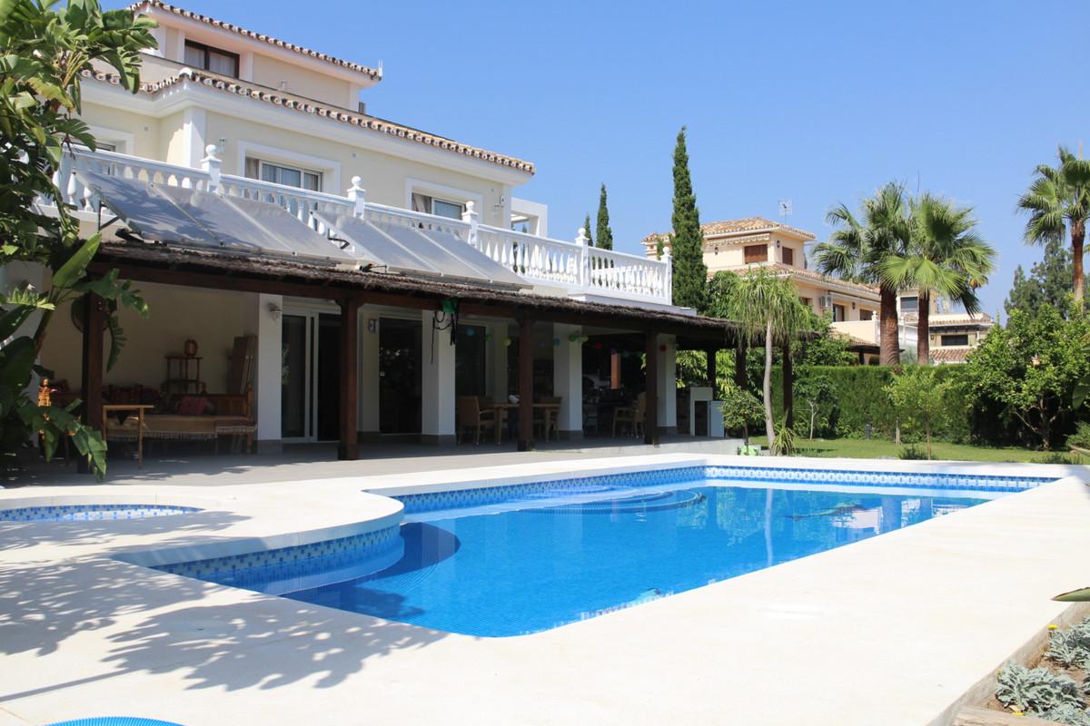 Detached Villa in Nagüeles R2951960
