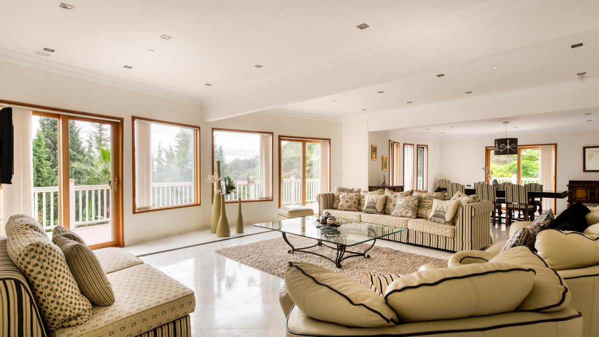 House in Benahavís R3398569 6