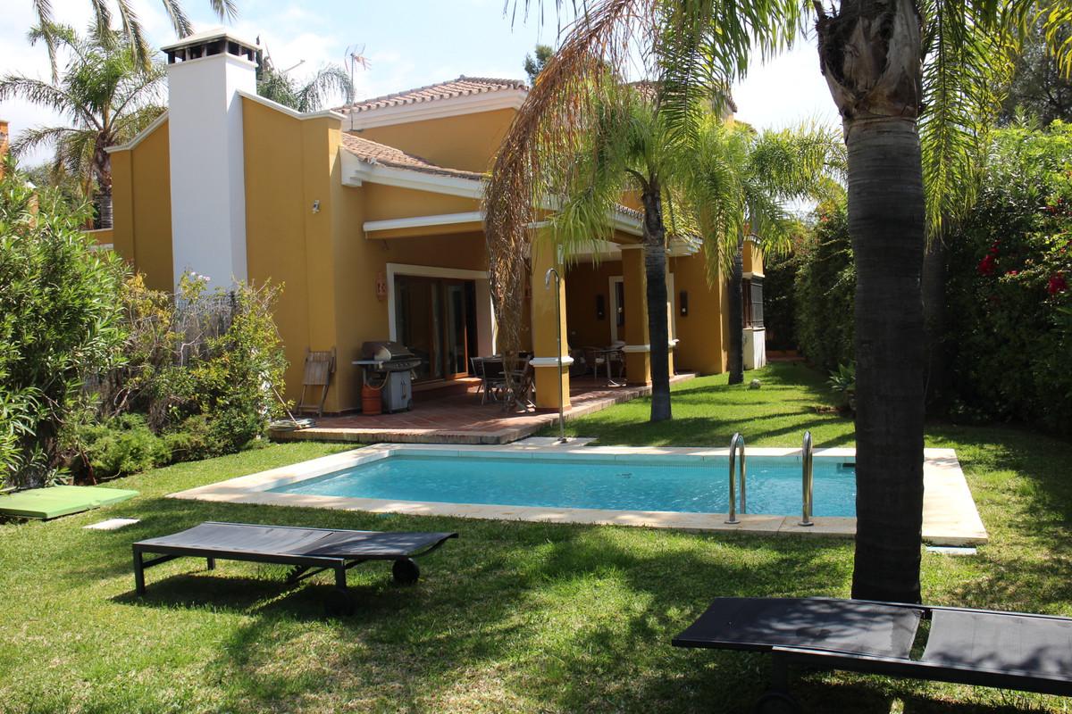 Detached Villa in Nagüeles R3179893