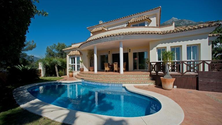 Spectacular southwest facing villa, in beautiful village Cerros de Lago and with incredible panorami,Spain