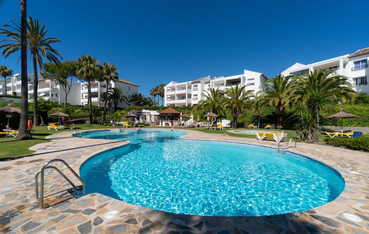 This ground floor studio apartment is set in a beautiful urbanisation in Miraflores on Mijas Costa w,Spain