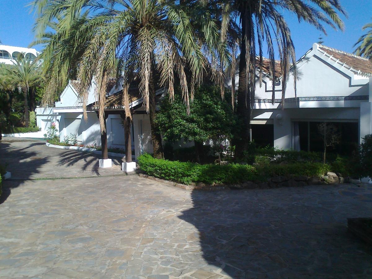 Villa Independiente 9 Dormitorio(s) en Venta The Golden Mile