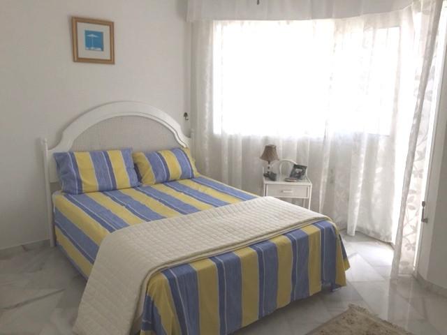 3 Bedroom Apartment for sale Calahonda