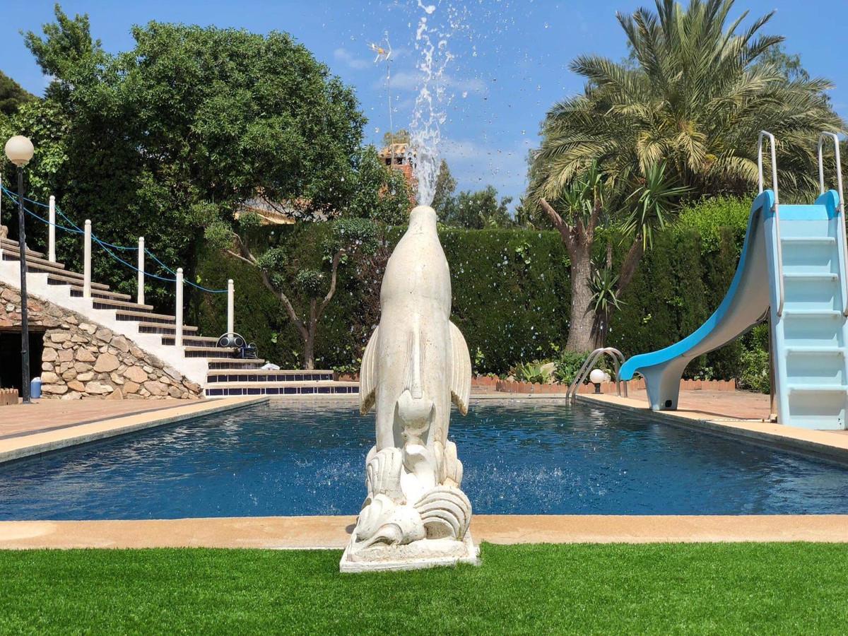 Beautiful Independent Villa in Reserva del Higueron Beautiful independent villa for sale in the Higu,Spain