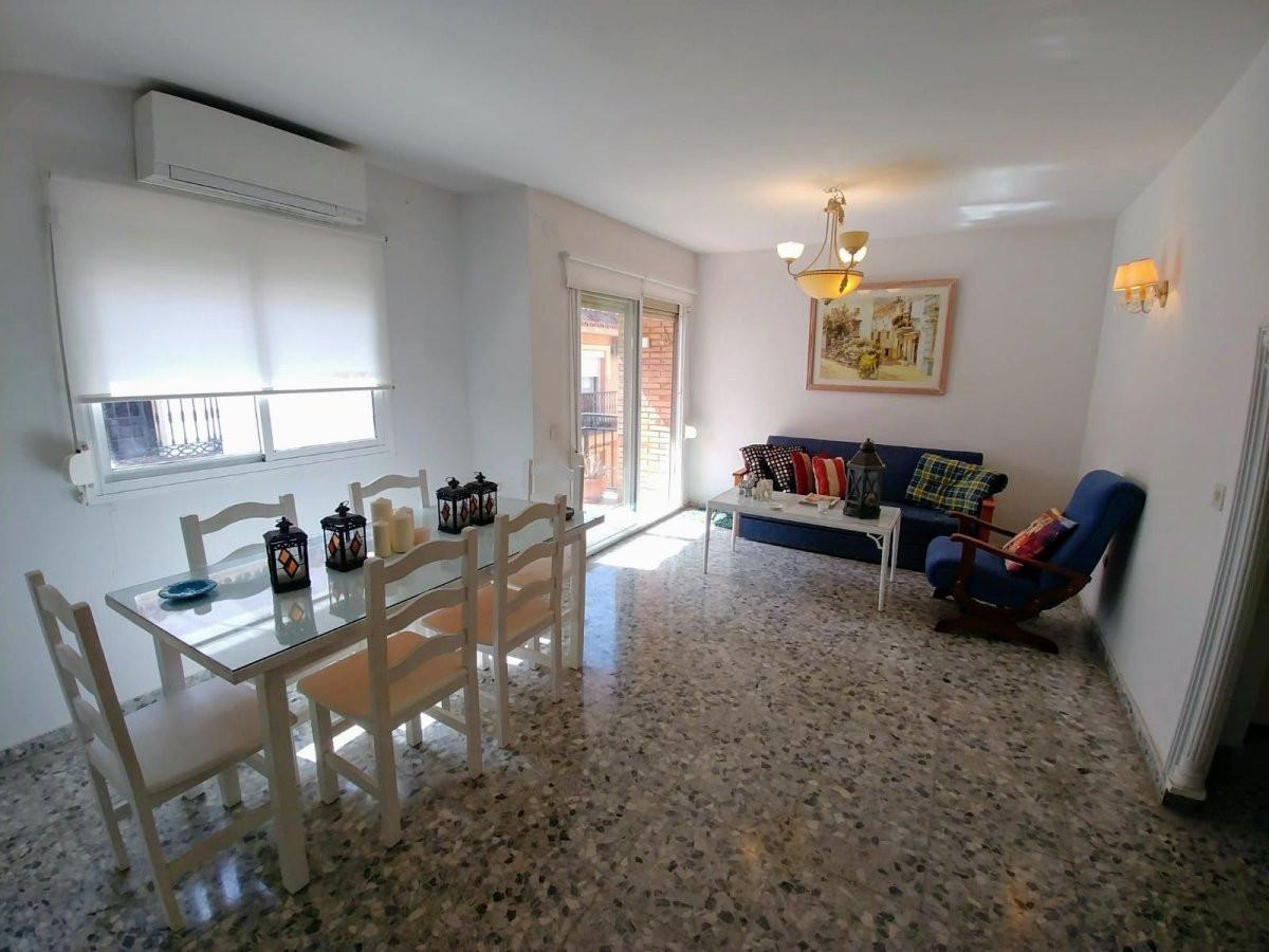 3 bedroom apartment in the center of Fuengirola with access to the Plaza de la Constitucion, near th,Spain