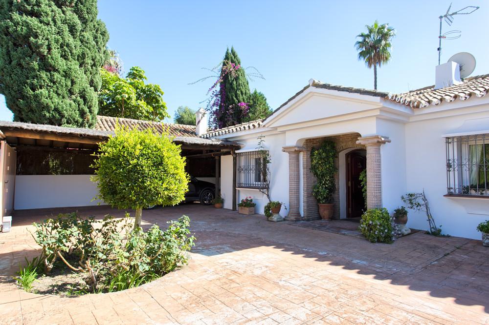 R3333571 Villa Estepona, Málaga, Costa del Sol