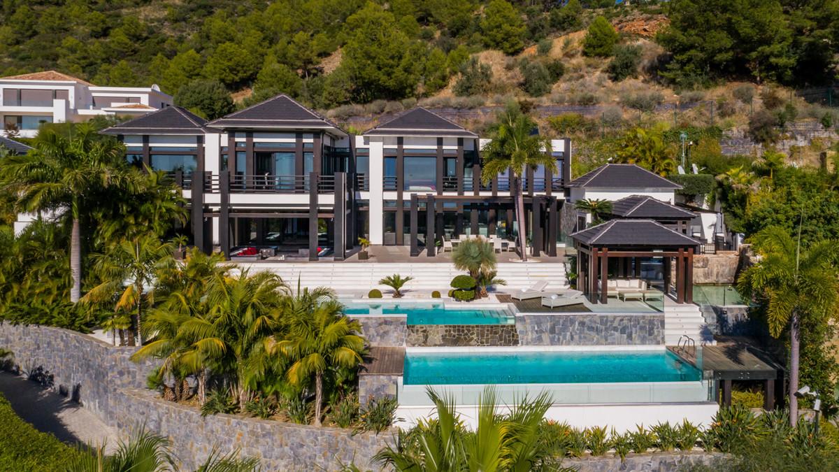 8 bedroom villa for sale marbella