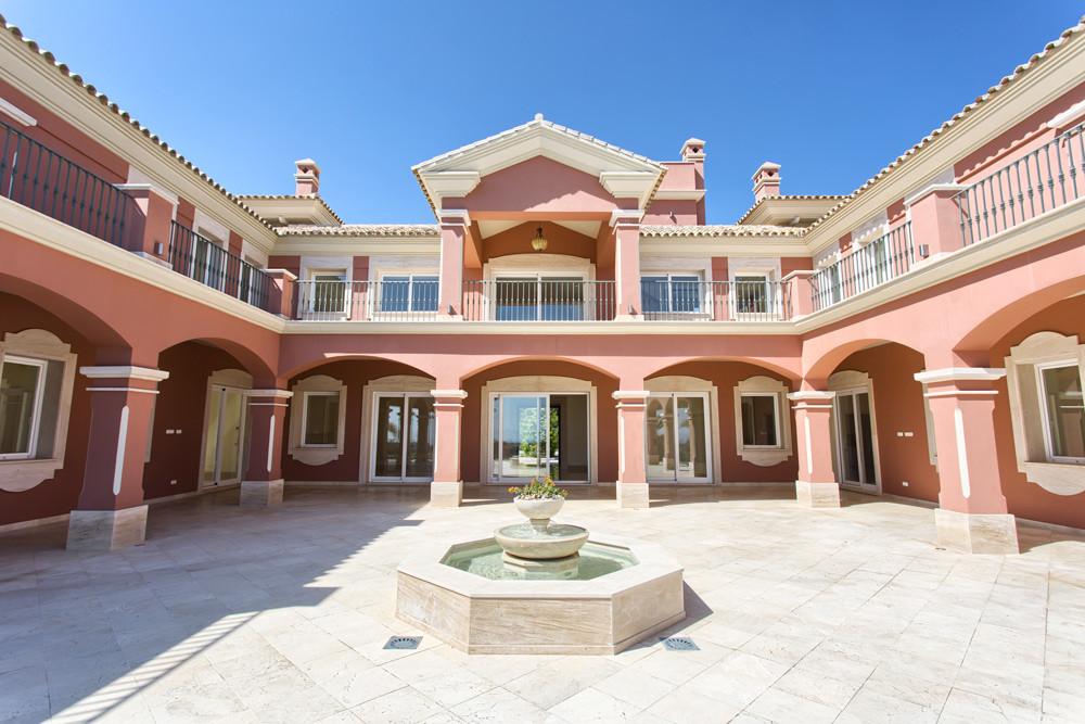 Villa con 9 Dormitorios en Venta Los Arqueros