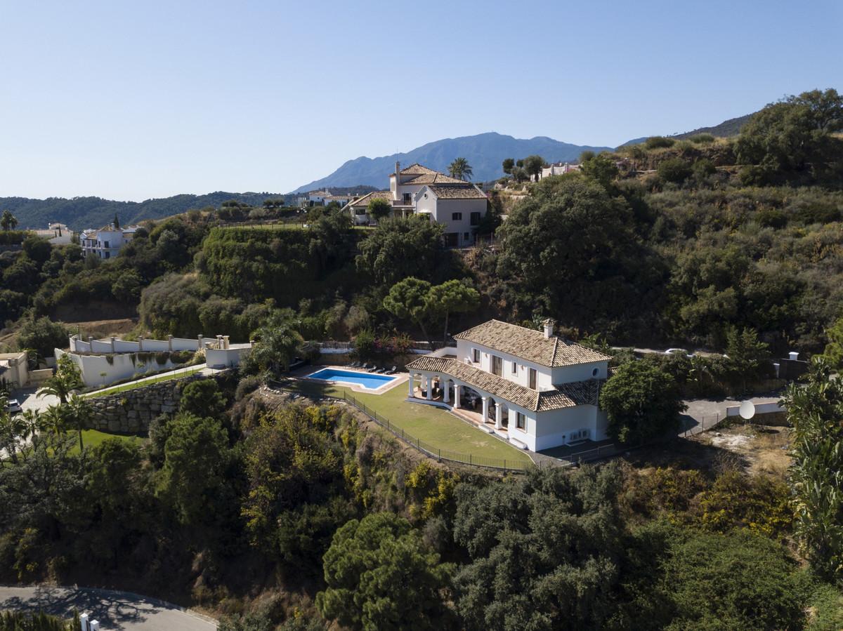 Detached Villa for sale in Benahavís R3531130