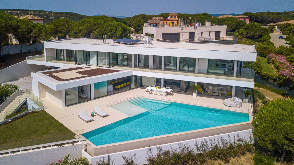 Meisterstuck of a villa in Sotogrande - Excellent sea views  The 6-bedroom, 7-bathroom home is fille,Spain
