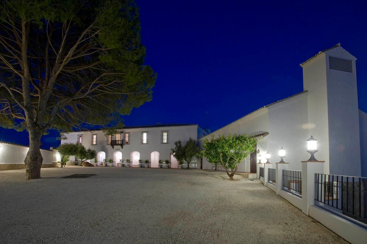 Villa 14 Dormitorios en Venta Torreblanca
