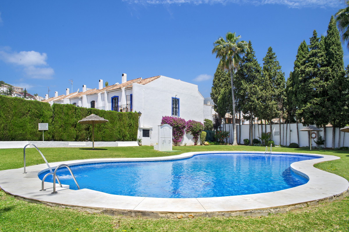 Cosy 3 bedroom Spanish style townhouse in walking distance from the centre of Benahavis village and ,Spain