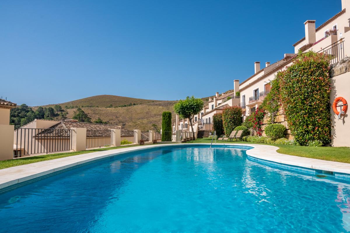 Exclusive 2 bedroom apartmen for sale in El Casar  Benahavis one of the most sought after communitie,Spain