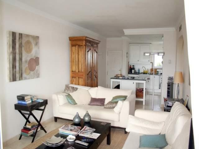 Middle Floor Apartment · La Quinta