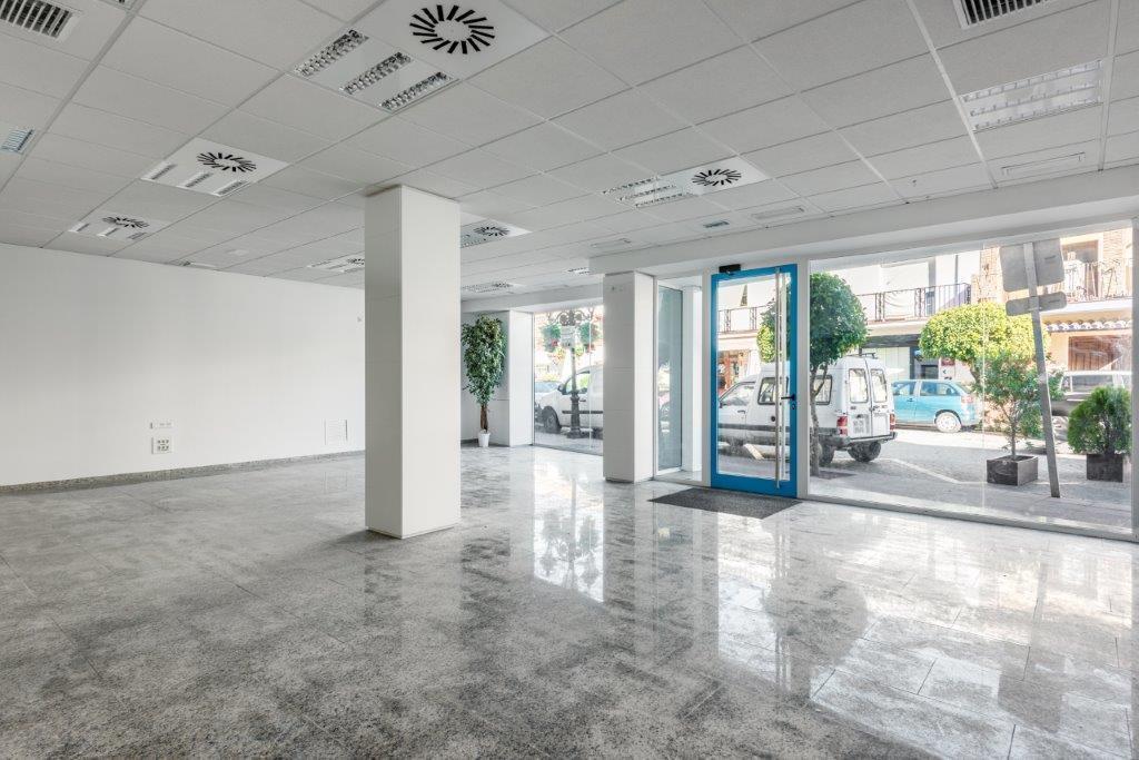 COMMERCIAL PROPERTY FOR SALE IN BENAHAVIS VILLAGE.   Fantastic opportunity for a commercial property,Spain