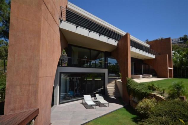 Picture of Villa For Sale in Benahavis