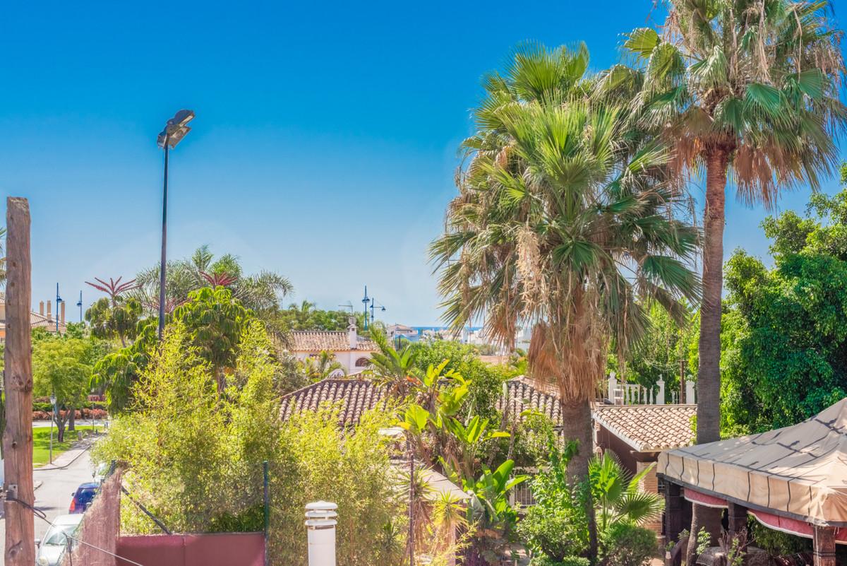 Rijhuis Te Koop - San Pedro de Alcantara