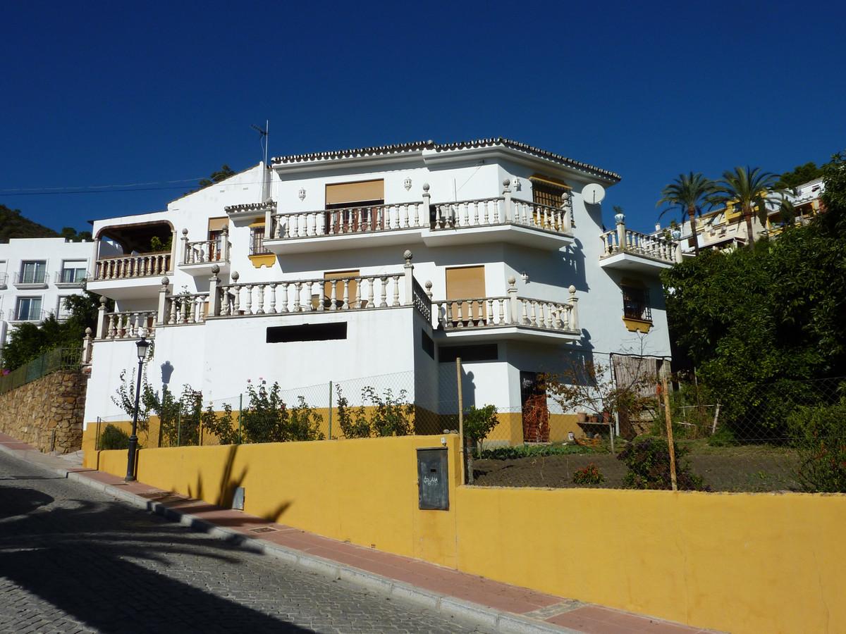 Villa 4 Dormitorios en Venta Benahavís