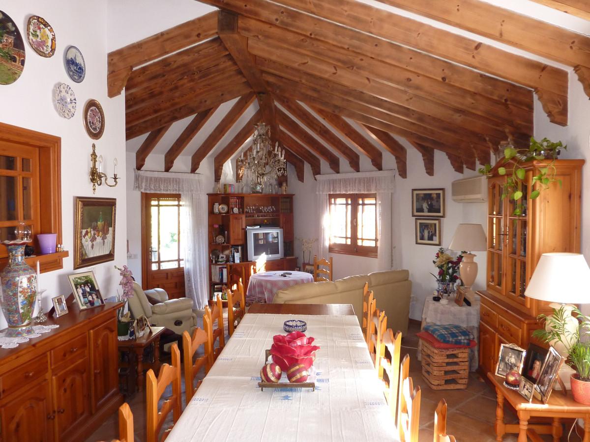 House in Benahavís R212181 6