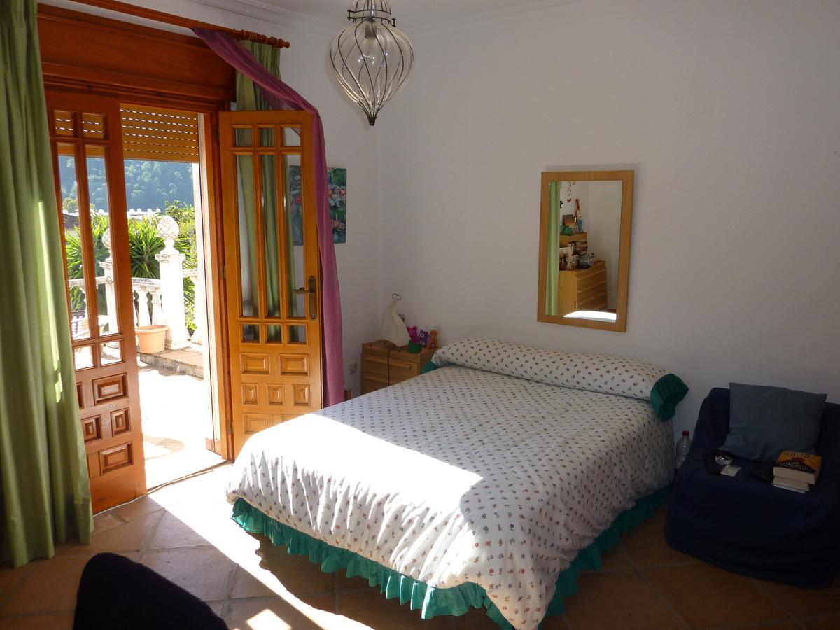 House in Benahavís R212181 8