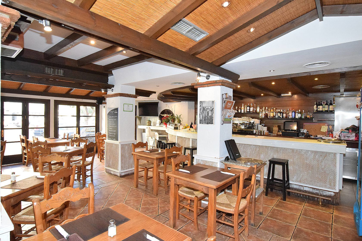 Commerce, Restaurant  en vente    à Marbella