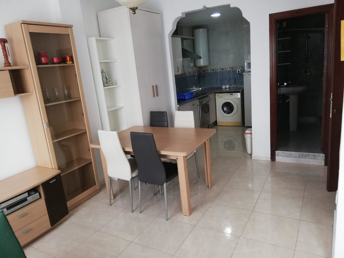 Studio, Middle Floor  for sale    in Las Lagunas