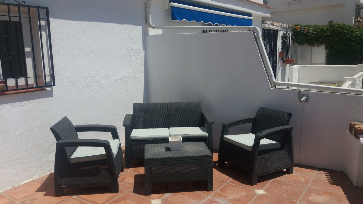 Charming 'cottage style' duplex apartment. FULLY REFORMED. Walking distance to the beach and,Spain