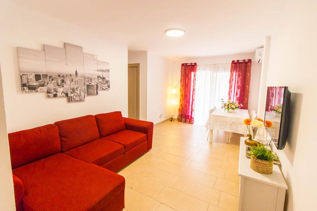 Apartment for sale in San Luis de Sabinillas