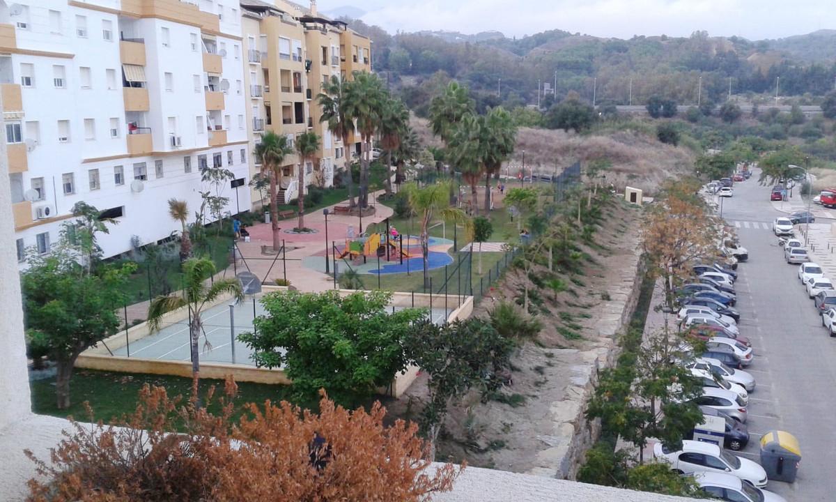 3 Bedroom Apartment for sale Estepona