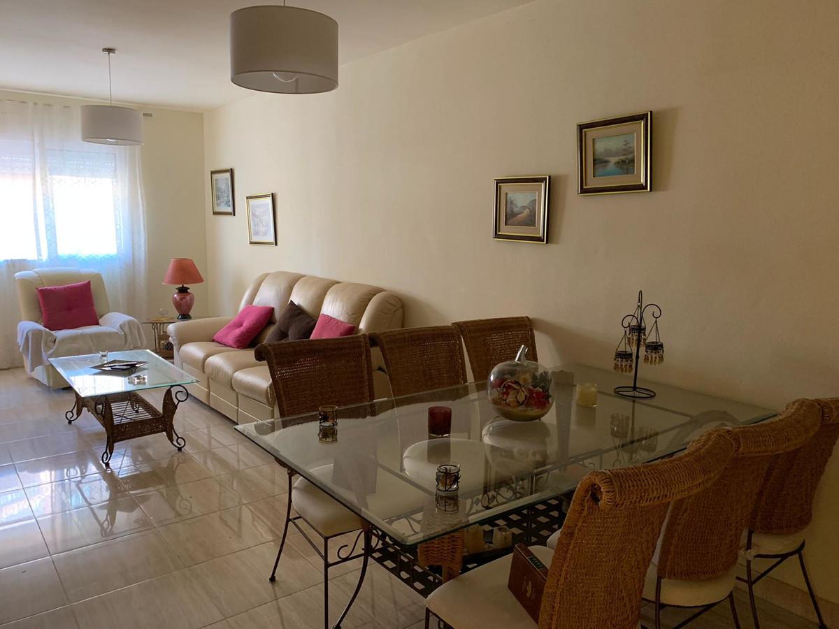 Apartment  Middle Floor for sale   in San Luis de Sabinillas