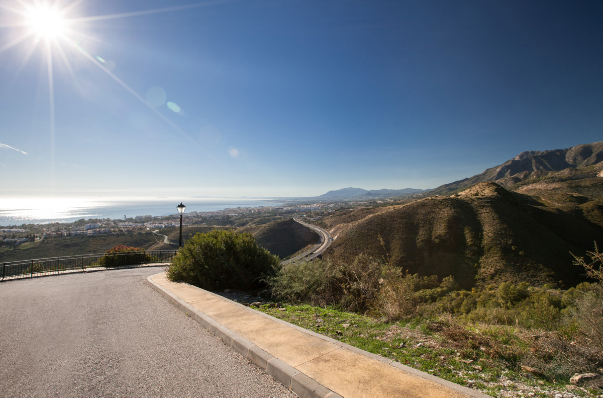 Plot/Land for sale in Los Monteros