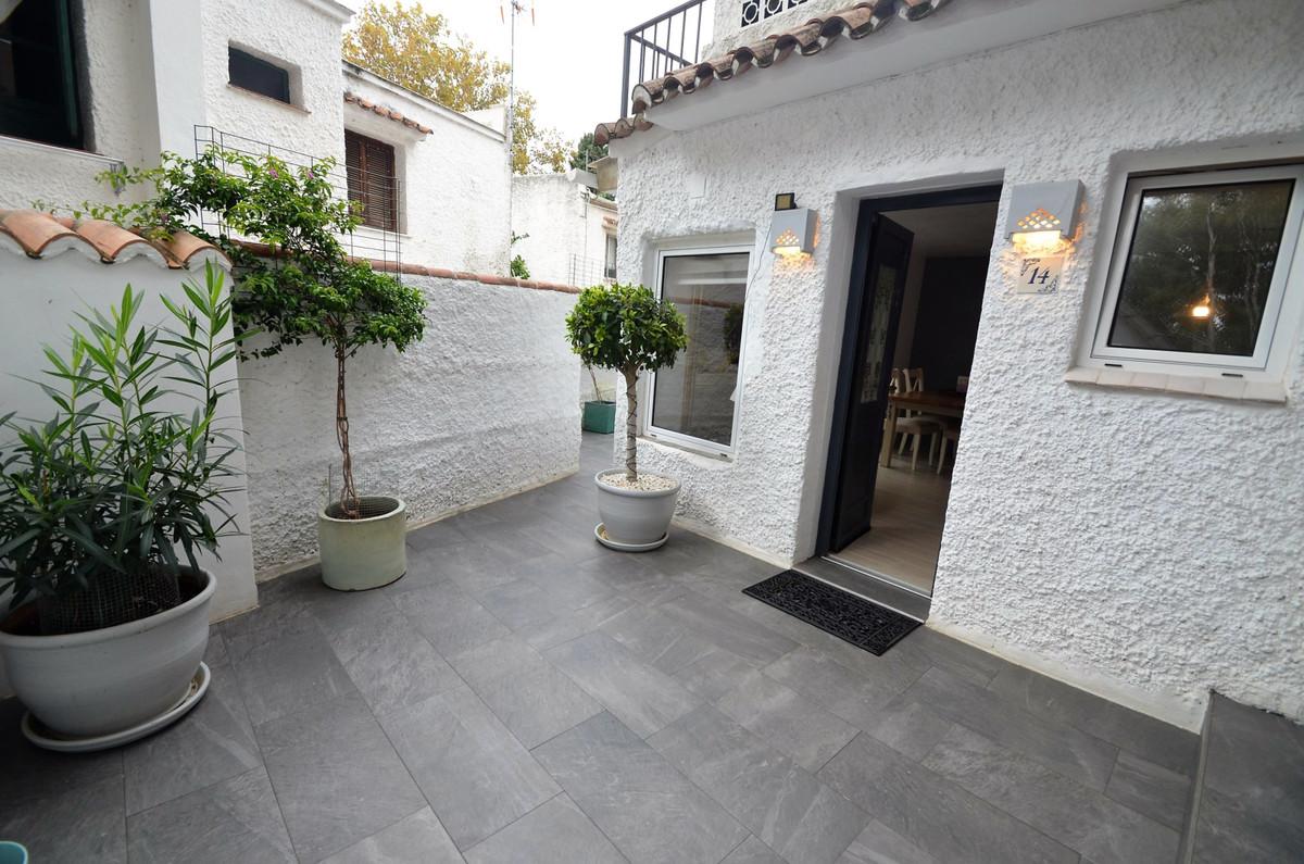 Semi Detached Villa for sale in Elviria - Marbella East Semi Detached Villa - TMRO-R3320236