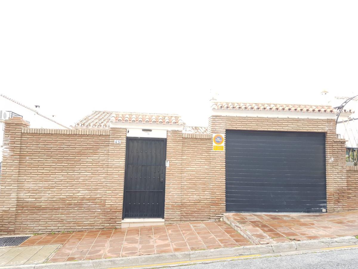 3 Bedroom Townhouse For Sale, Benalmadena Costa