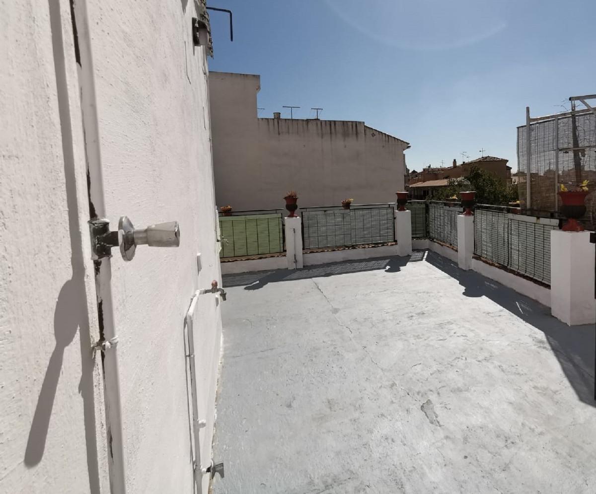 Townhouse for sale in Málaga Centro R3630602