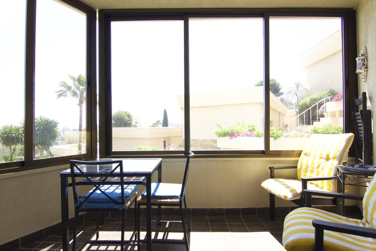 Studio Middle Floor for sale in Atalaya, Costa del Sol