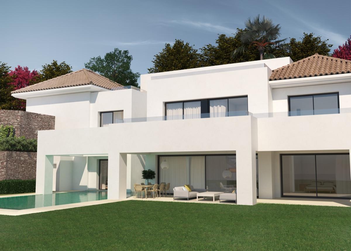 Plot Residential for sale in El Paraiso, Costa del Sol